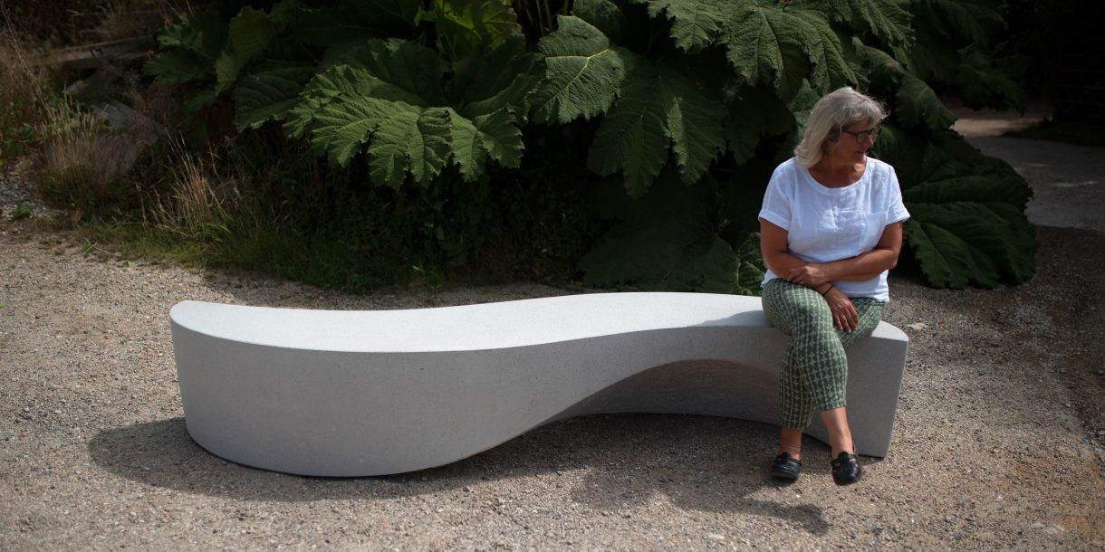 Wave bench made for urban spaces by Barrell Scultpure